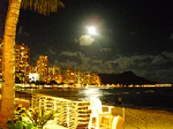 hawaii-moon.jpg